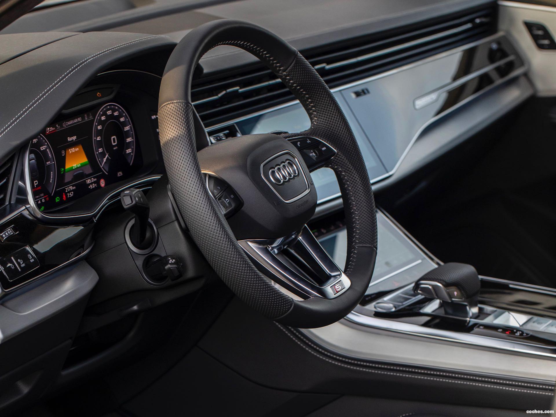 Foto 27 de Audi Q7 60 TFSIe quattro S line 2020