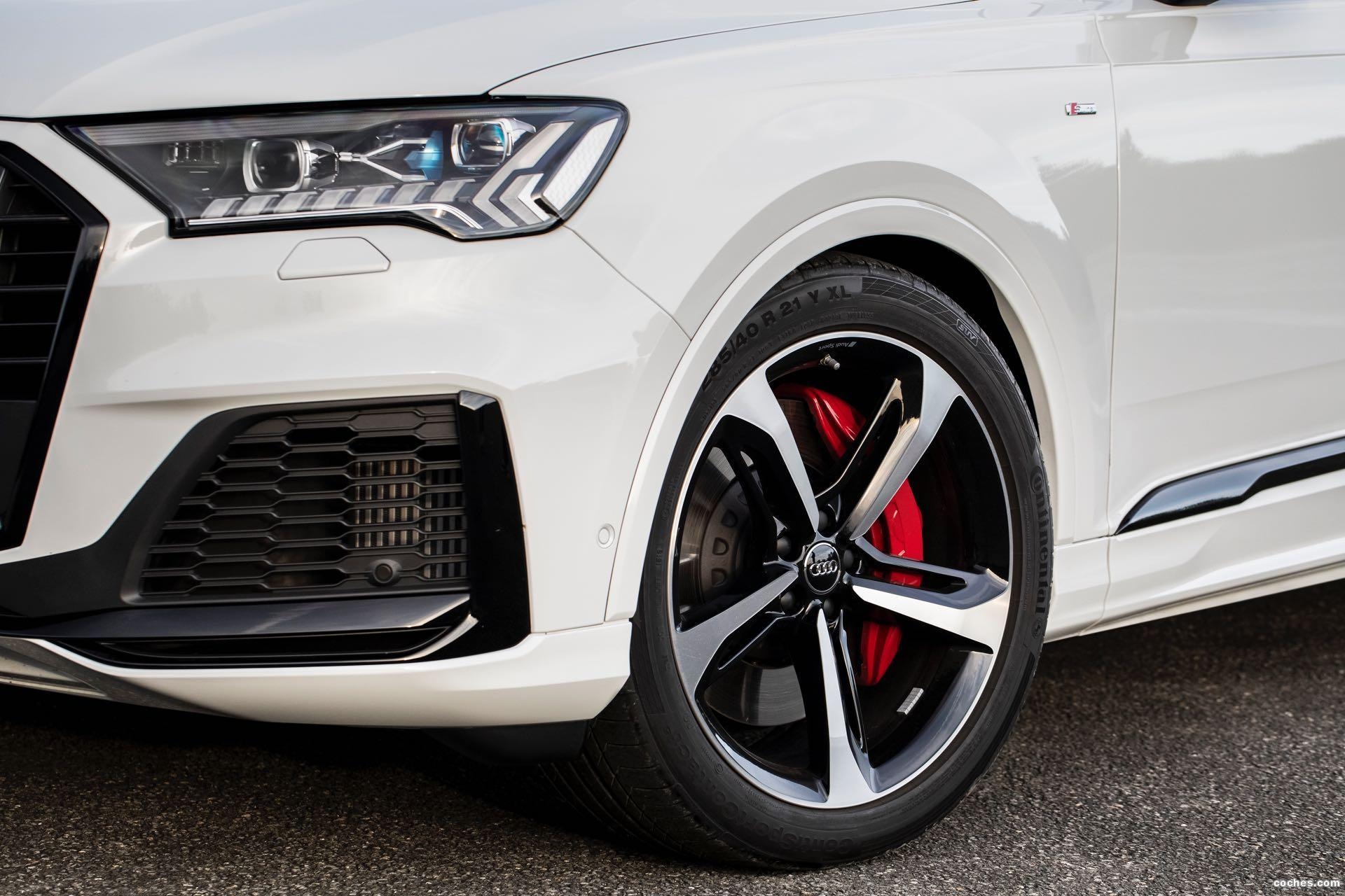 Foto 13 de Audi Q7 60 TFSIe quattro S line 2020