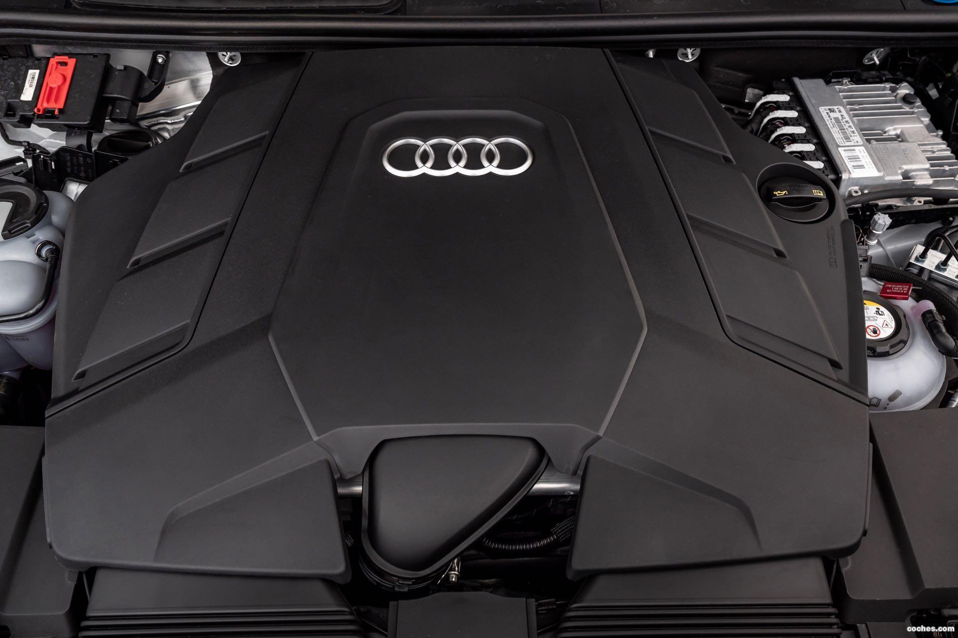 Foto 30 de Audi Q7 60 TFSIe quattro S line 2020