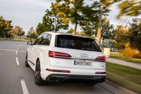 Ver foto 5 de Audi Q7 60 TFSIe quattro S line 2020