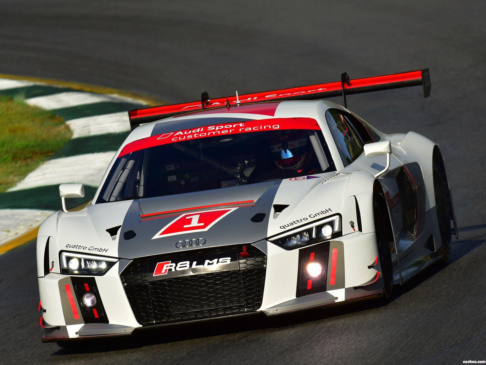 Foto 3 de Audi R8 LMS 2015