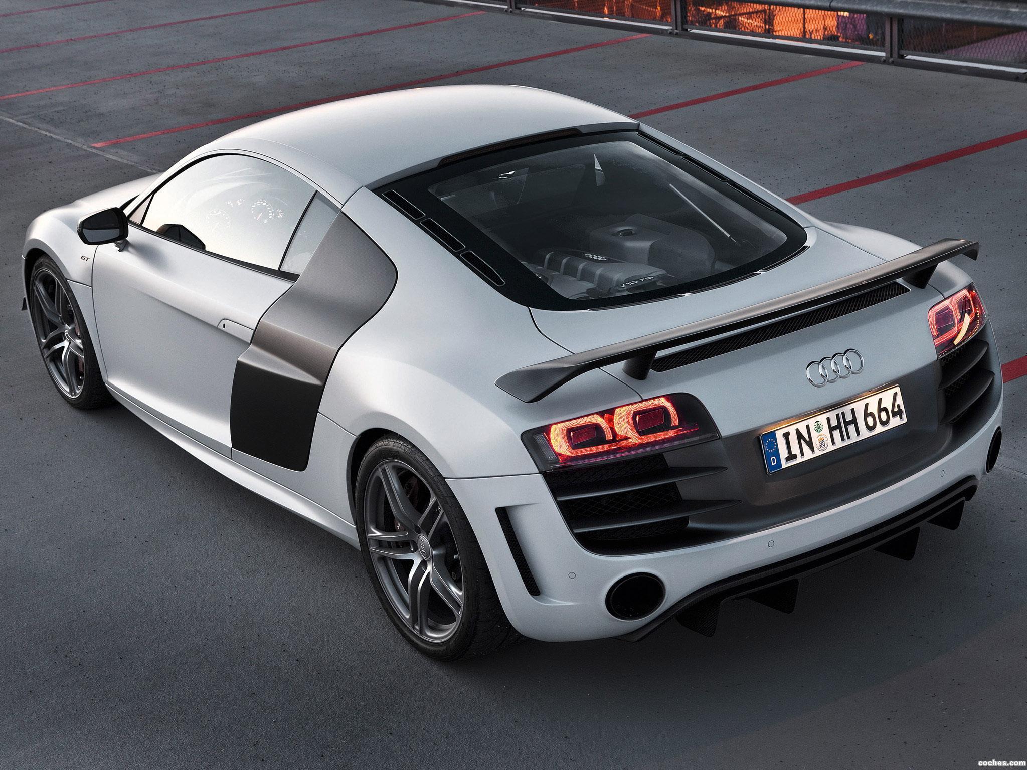 Foto 2 de Audi R8 V10 GT 2010