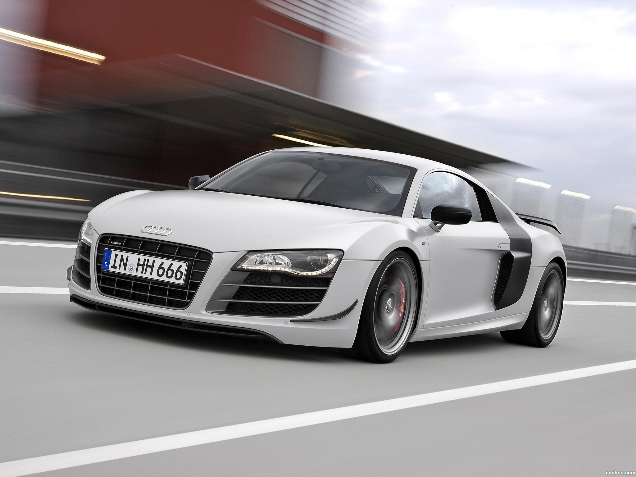 Foto 6 de Audi R8 V10 GT 2010