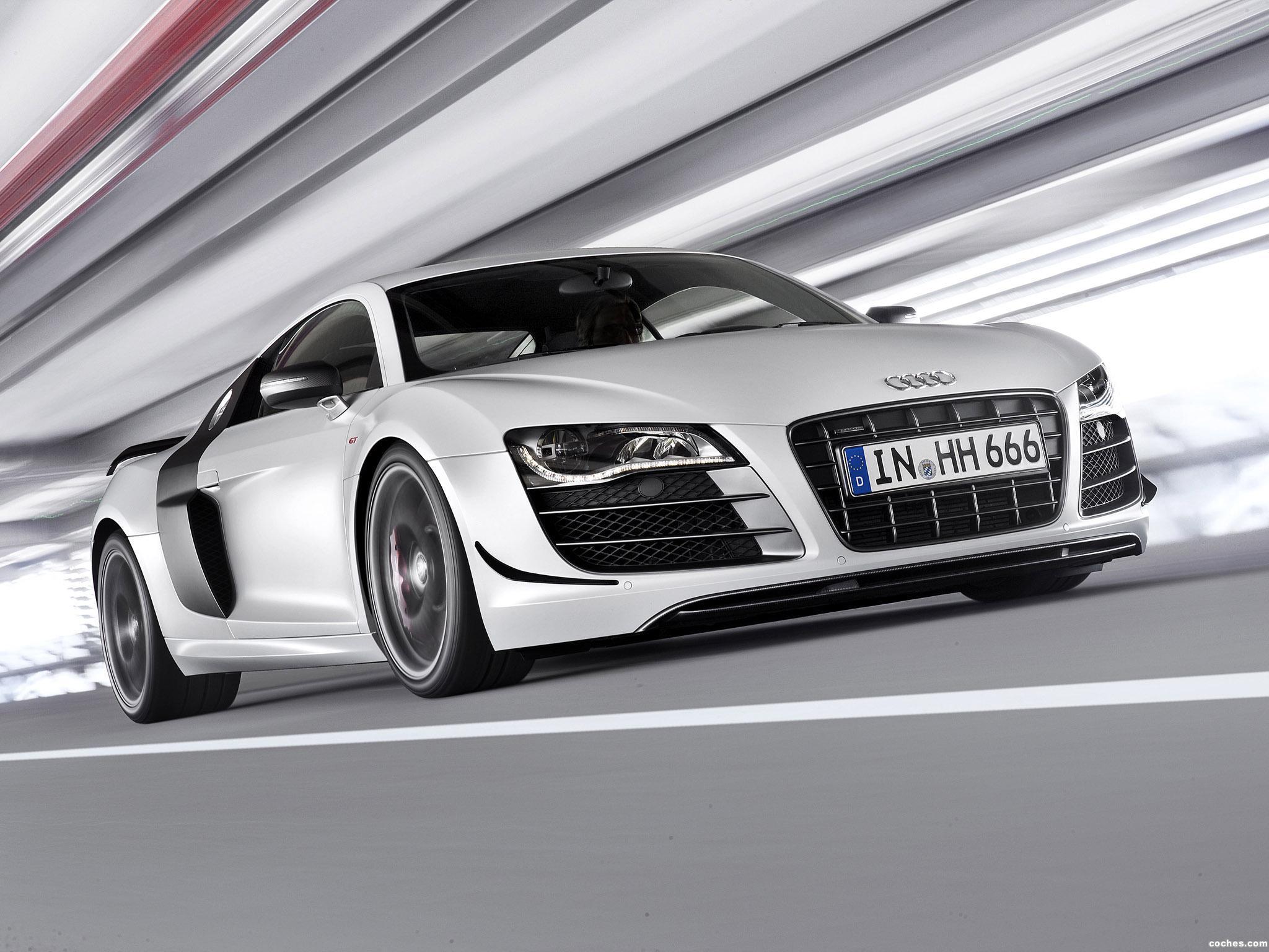 Foto 5 de Audi R8 V10 GT 2010