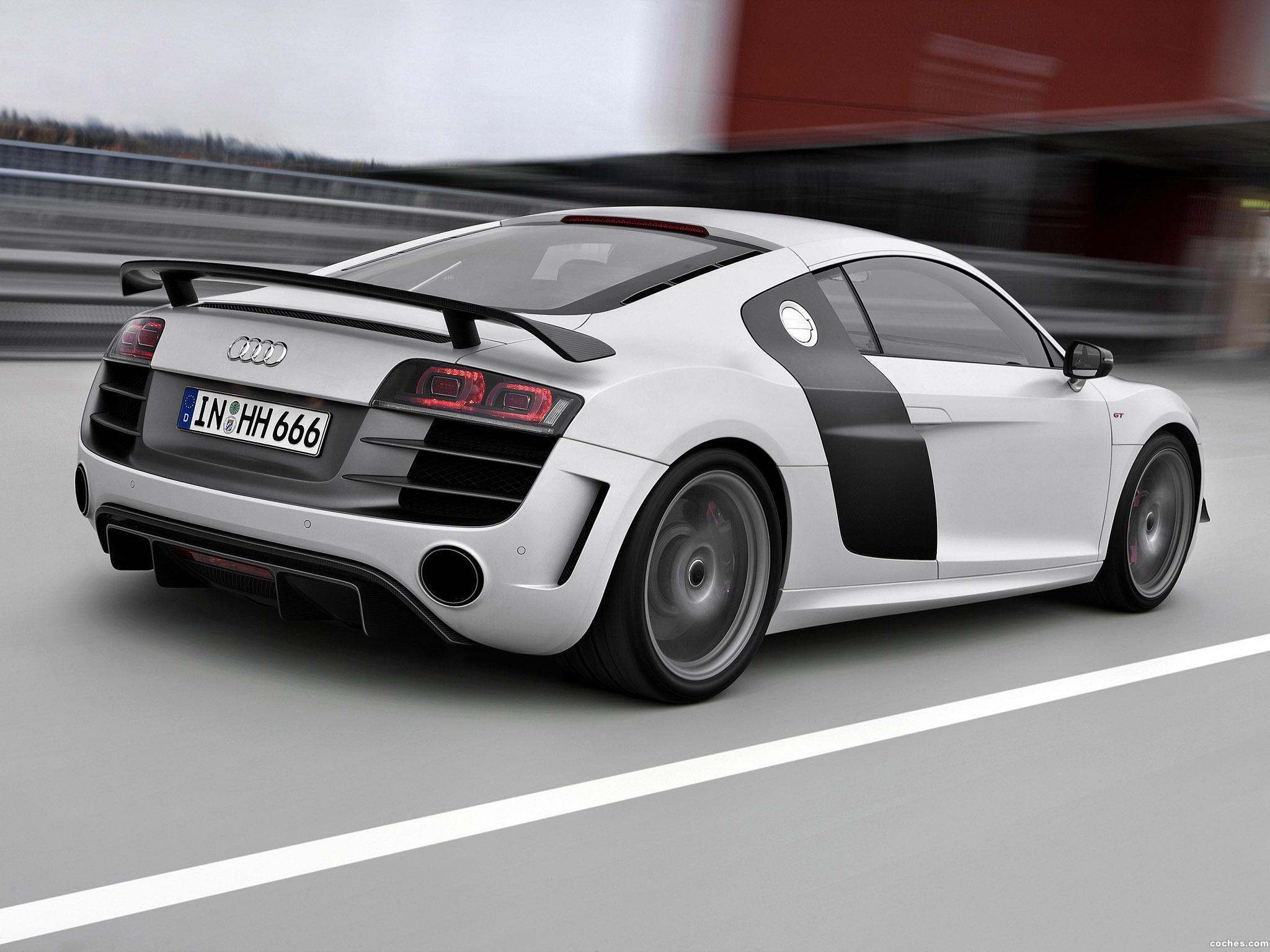 Foto 4 de Audi R8 V10 GT 2010