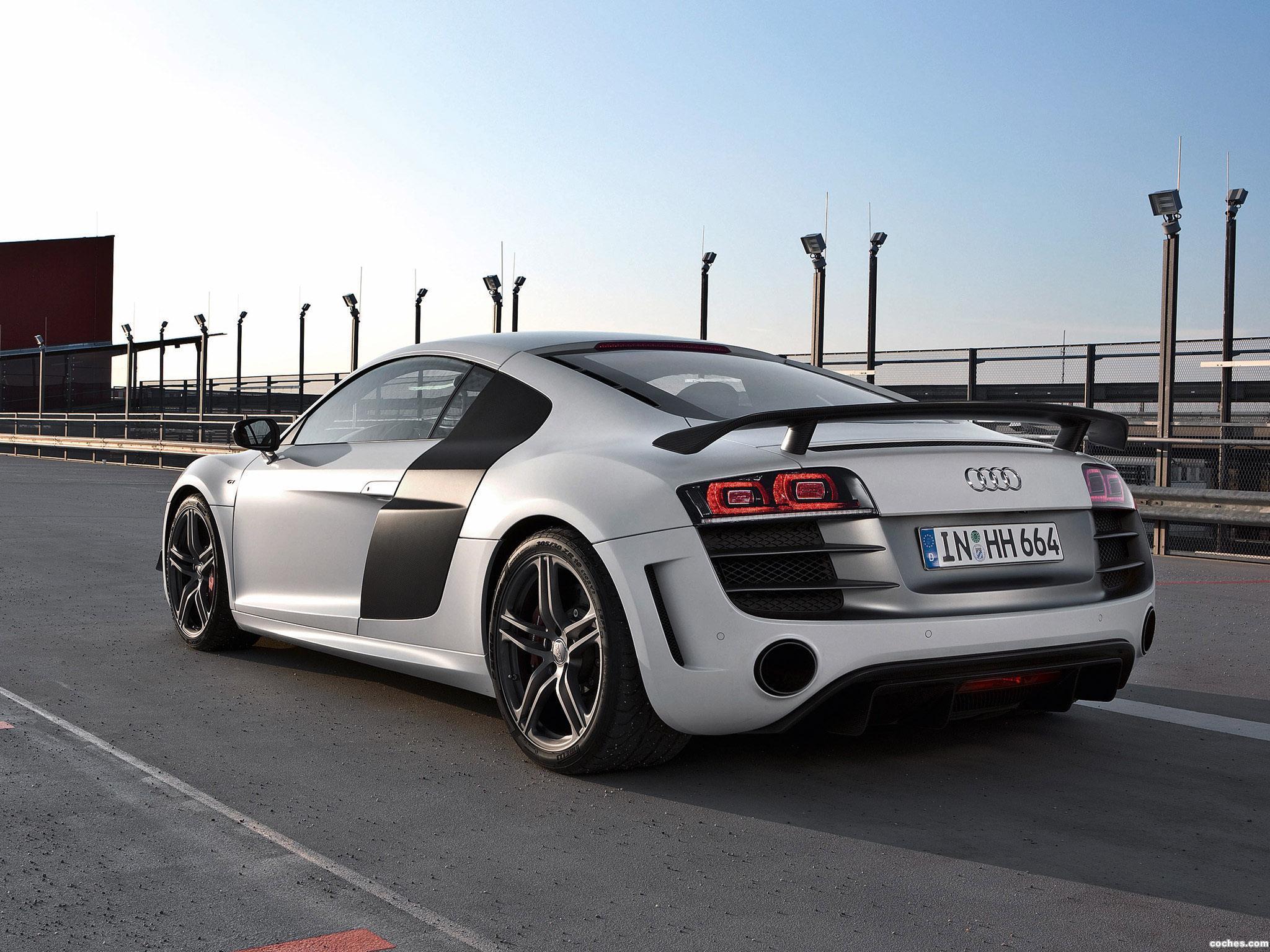 Foto 3 de Audi R8 V10 GT 2010