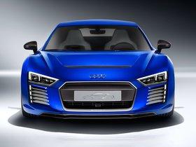 Ver foto 1 de Audi R8 e-tron Piloted Driving Concept 2015