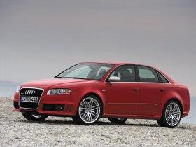 Ver foto 9 de Audi RS4 Sedan B7 2006