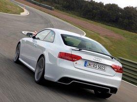 Ver foto 28 de Audi RS5 Coupe 2010