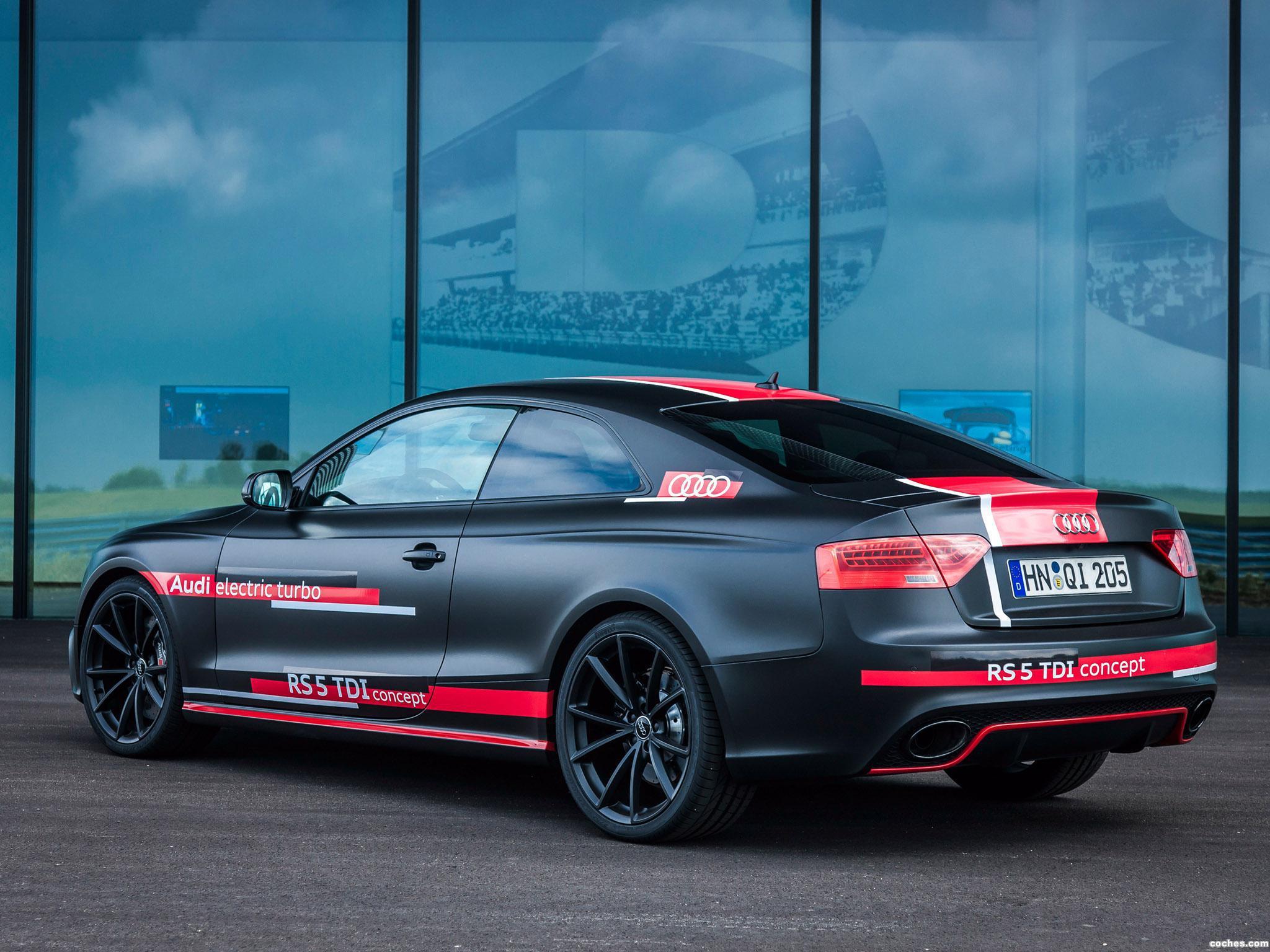 Foto 1 de Audi RS5 TDI Concept 2014