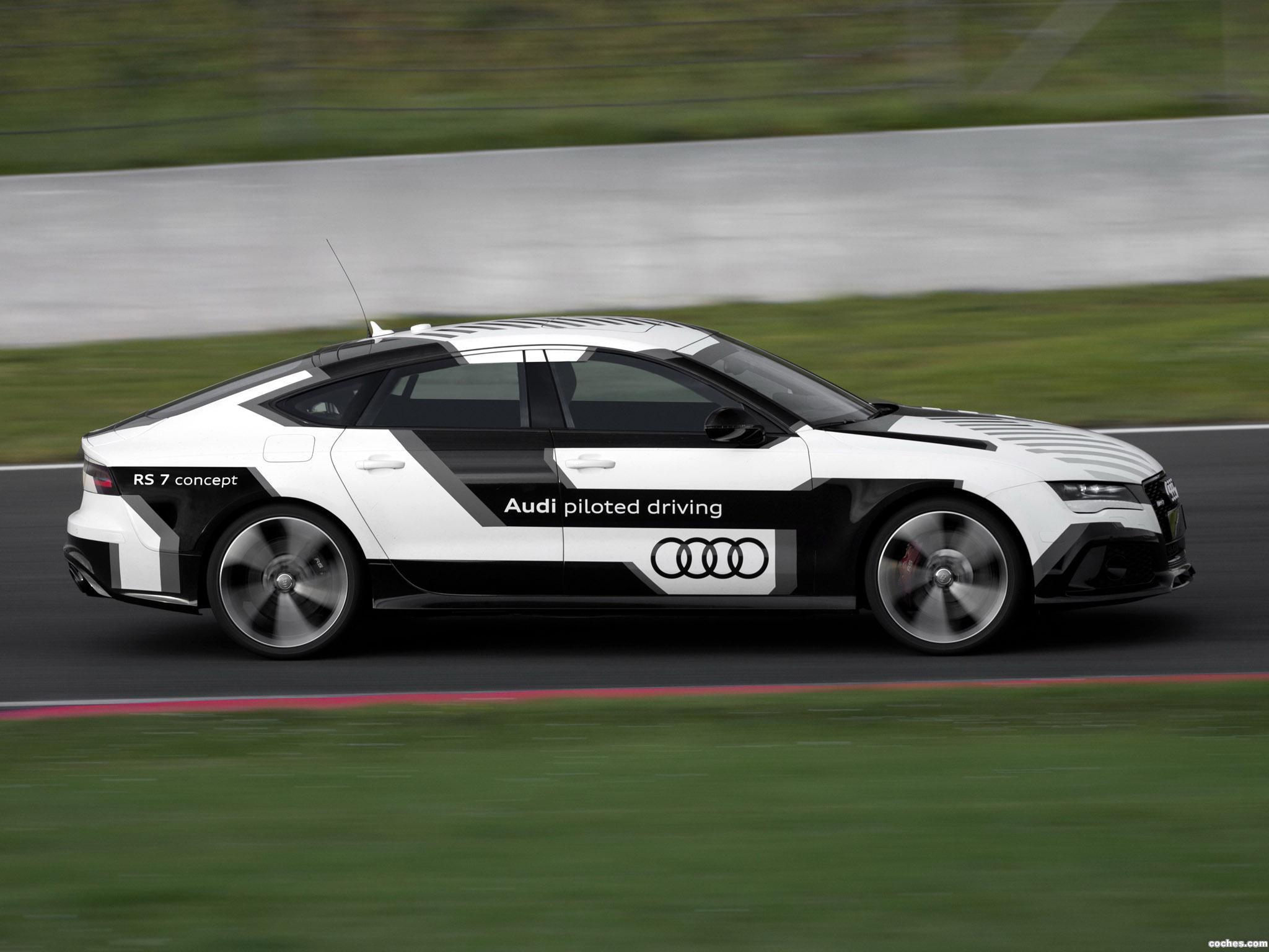 Foto 2 de Audi RS7 Piloted Driving Concept 2014