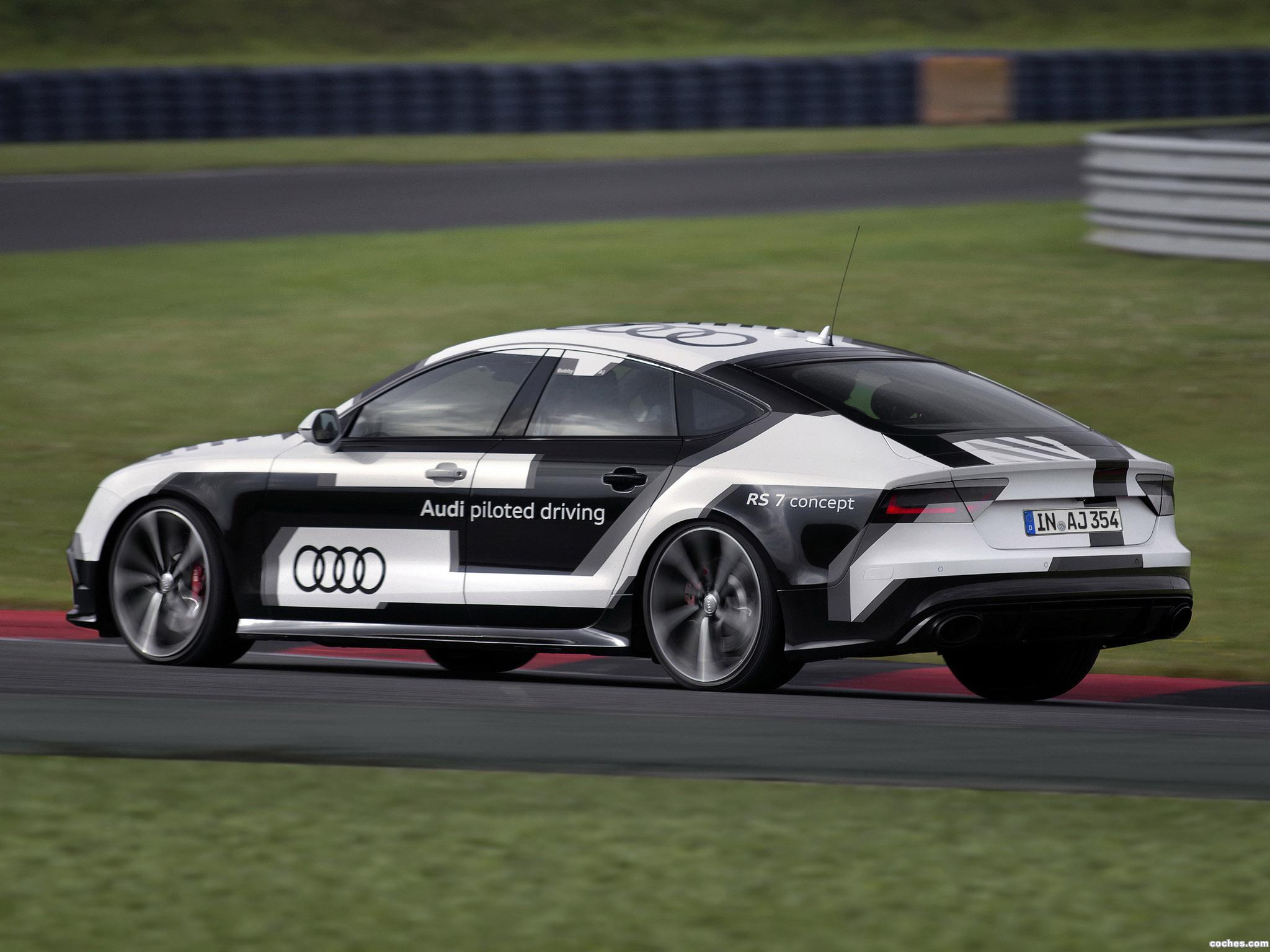 Foto 3 de Audi RS7 Piloted Driving Concept 2014