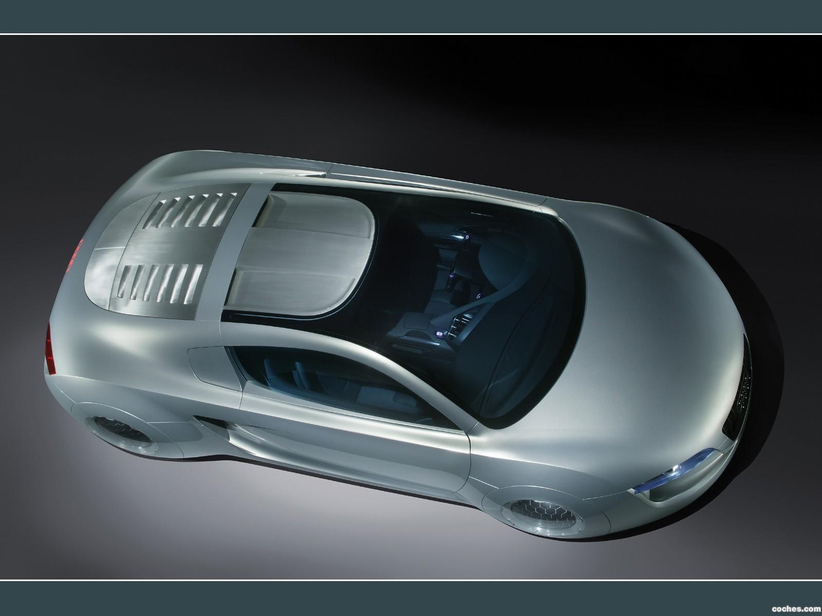 Foto 0 de Audi RSQ Concept 2004