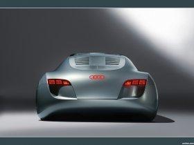 Ver foto 4 de Audi RSQ Concept 2004