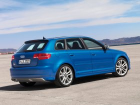 Ver foto 8 de Audi S3 Sportback 2008