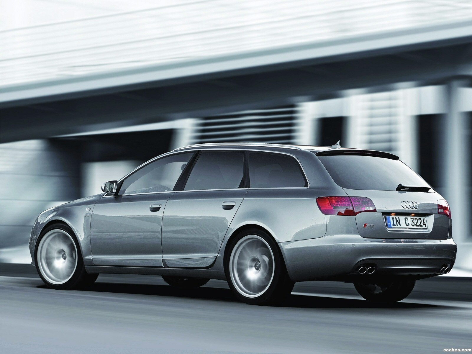 Foto 12 de Audi S6 Avant 2006