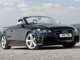 Fotos de Audi TT RS Roadster UK 8J 2009