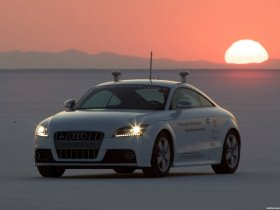 Ver foto 4 de Audi TT S Autonomous 2009
