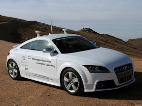 Ver foto 1 de Audi TT S Autonomous 2009