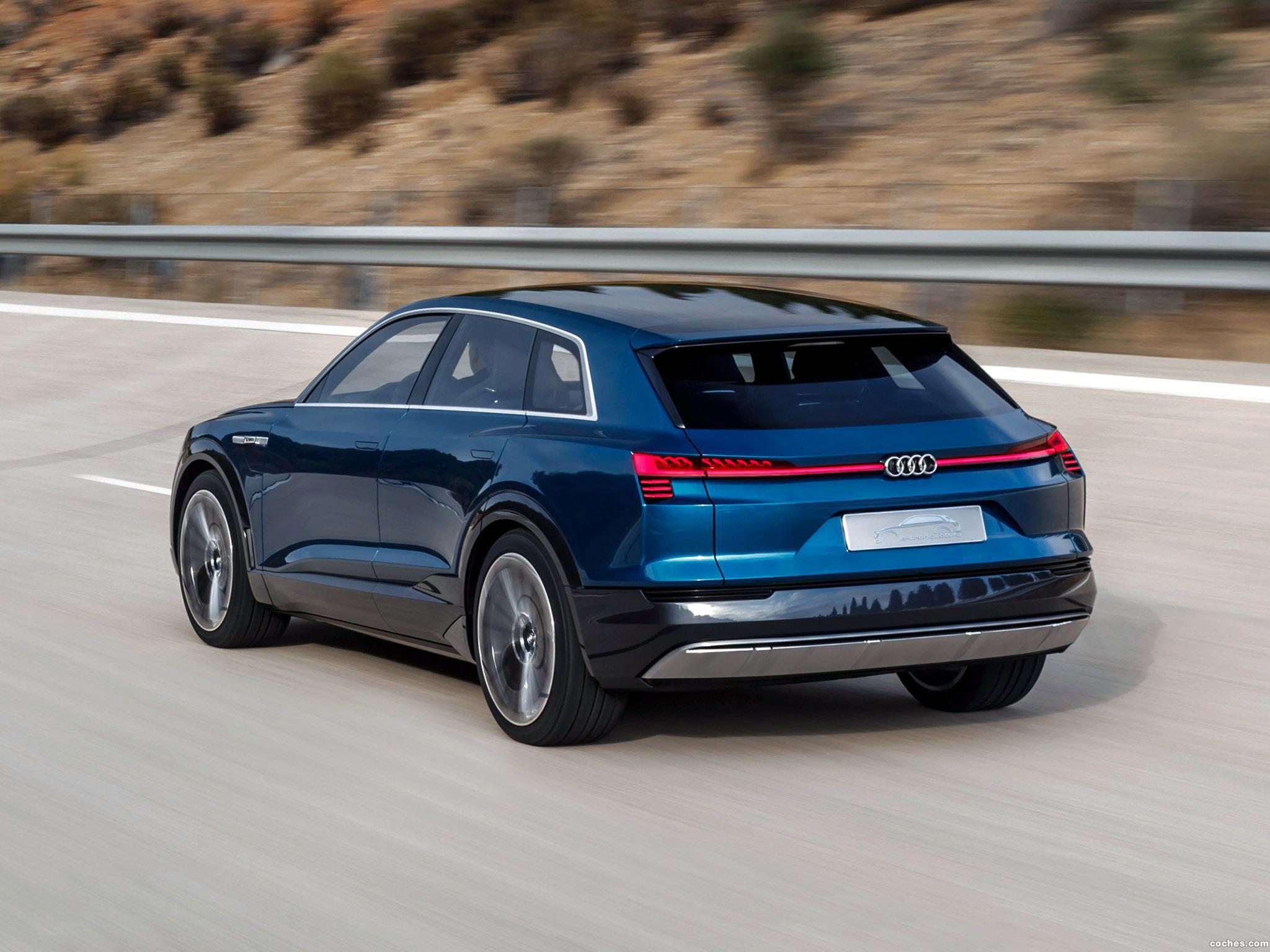 Foto 21 de Audi e-Tron Quattro Concept  2015
