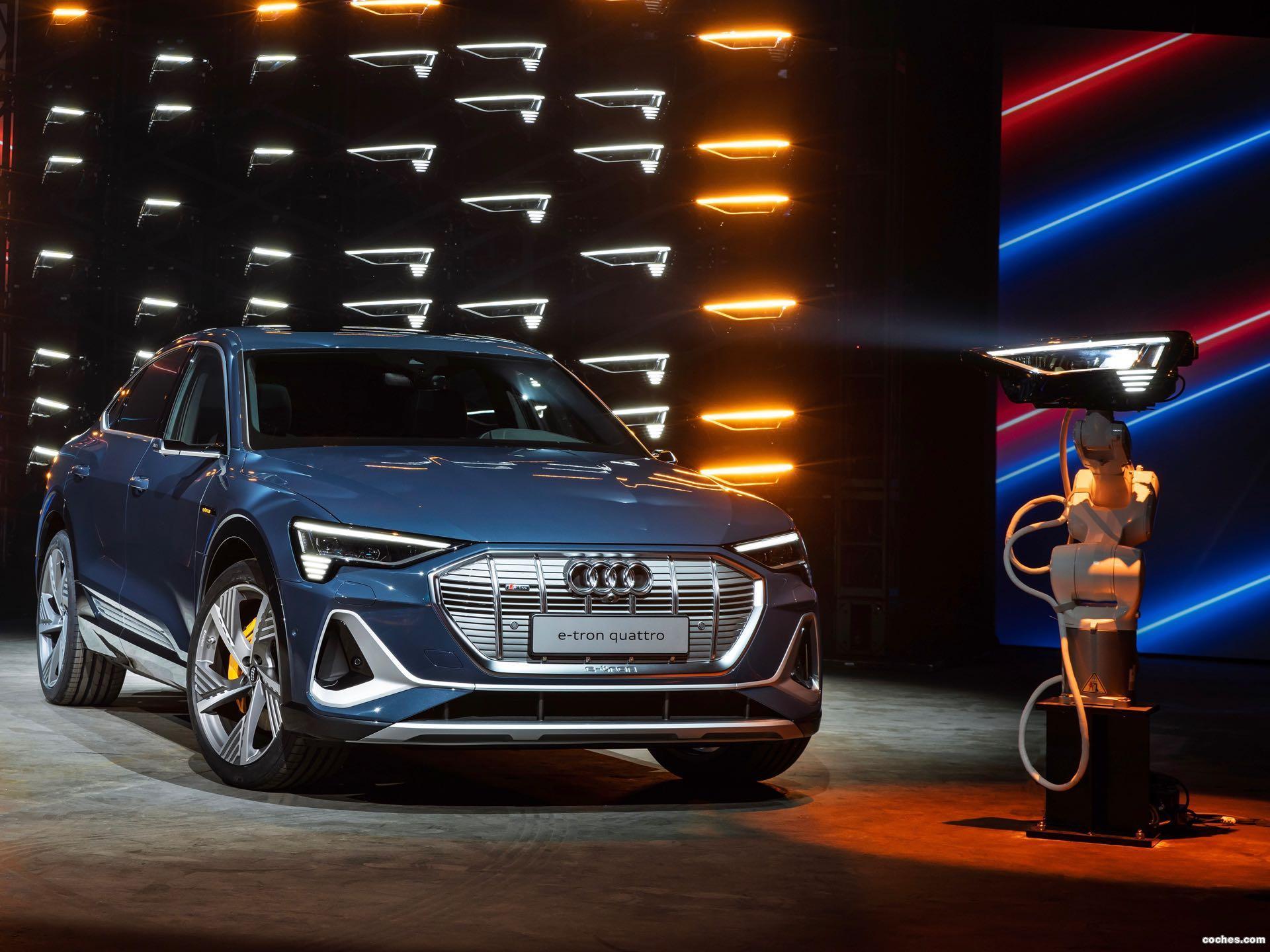 Foto 24 de Audi e-tron 55 quattro Sportback S line 2020