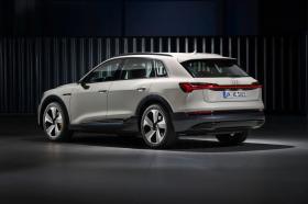 Ver foto 1 de Audi e-tron 55 quattro 2019