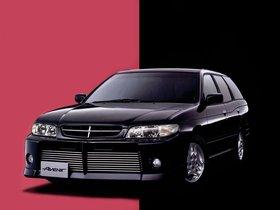 Fotos de Nissan Avenir
