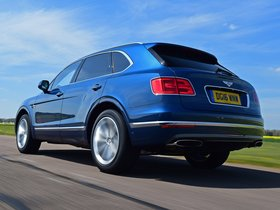 Ver foto 2 de Bentley Bentayga UK 2016