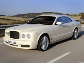 Ver foto 11 de Bentley Brooklands 2008
