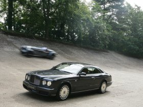 Ver foto 9 de Bentley Brooklands 2008