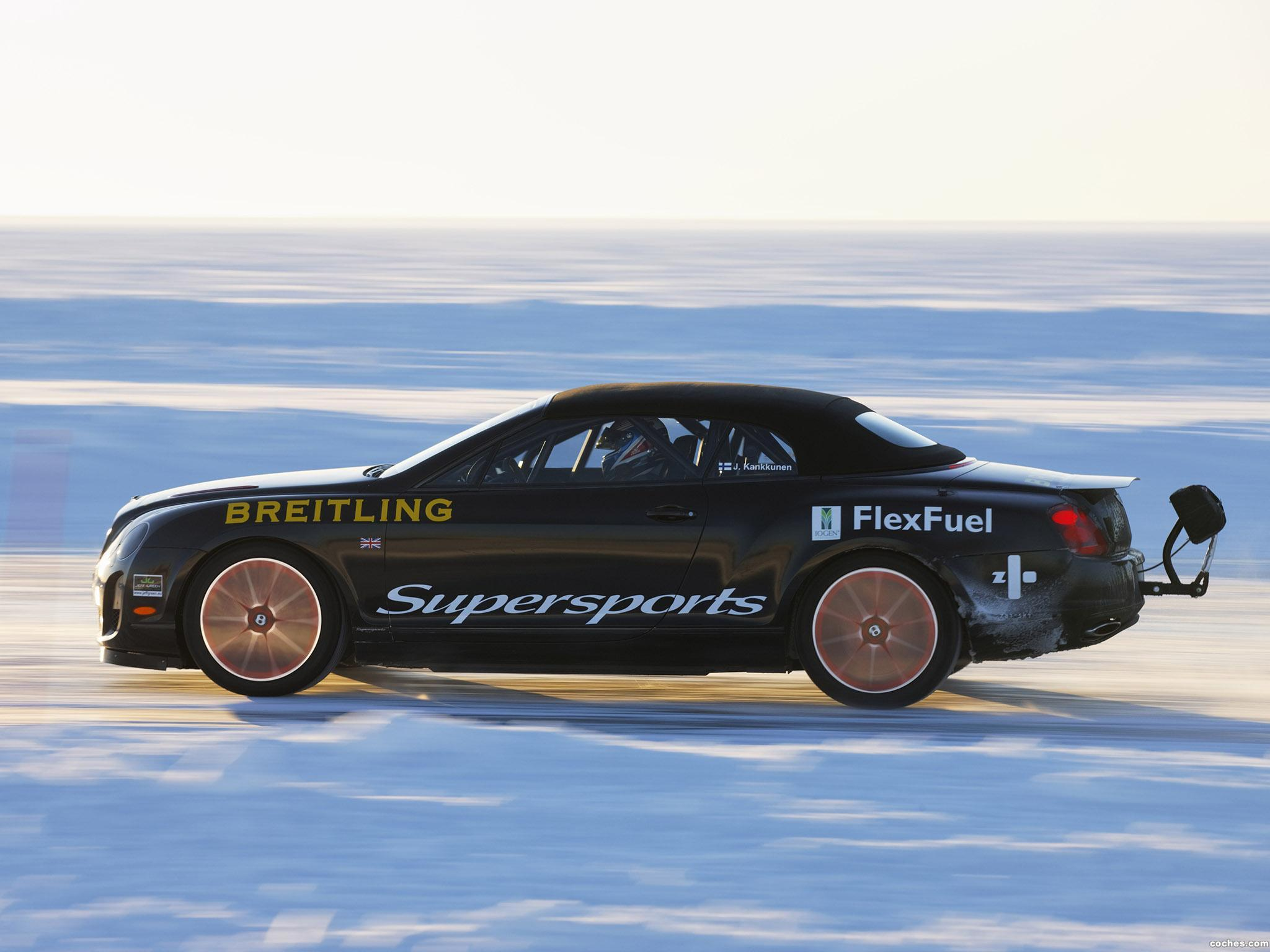 Foto 4 de Bentley Continental-GT Supersports Convertible Ice Record Car 2011