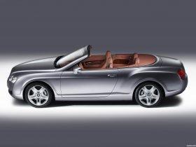 Ver foto 2 de Bentley Continental-GTC 2005