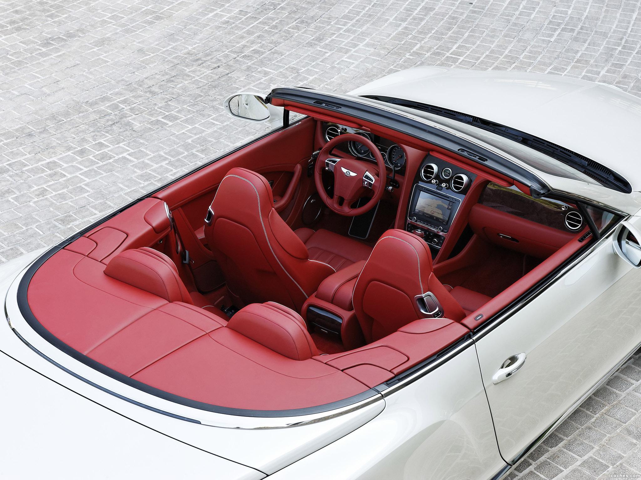 Foto 6 de Bentley Continental GTC Silk White 2011