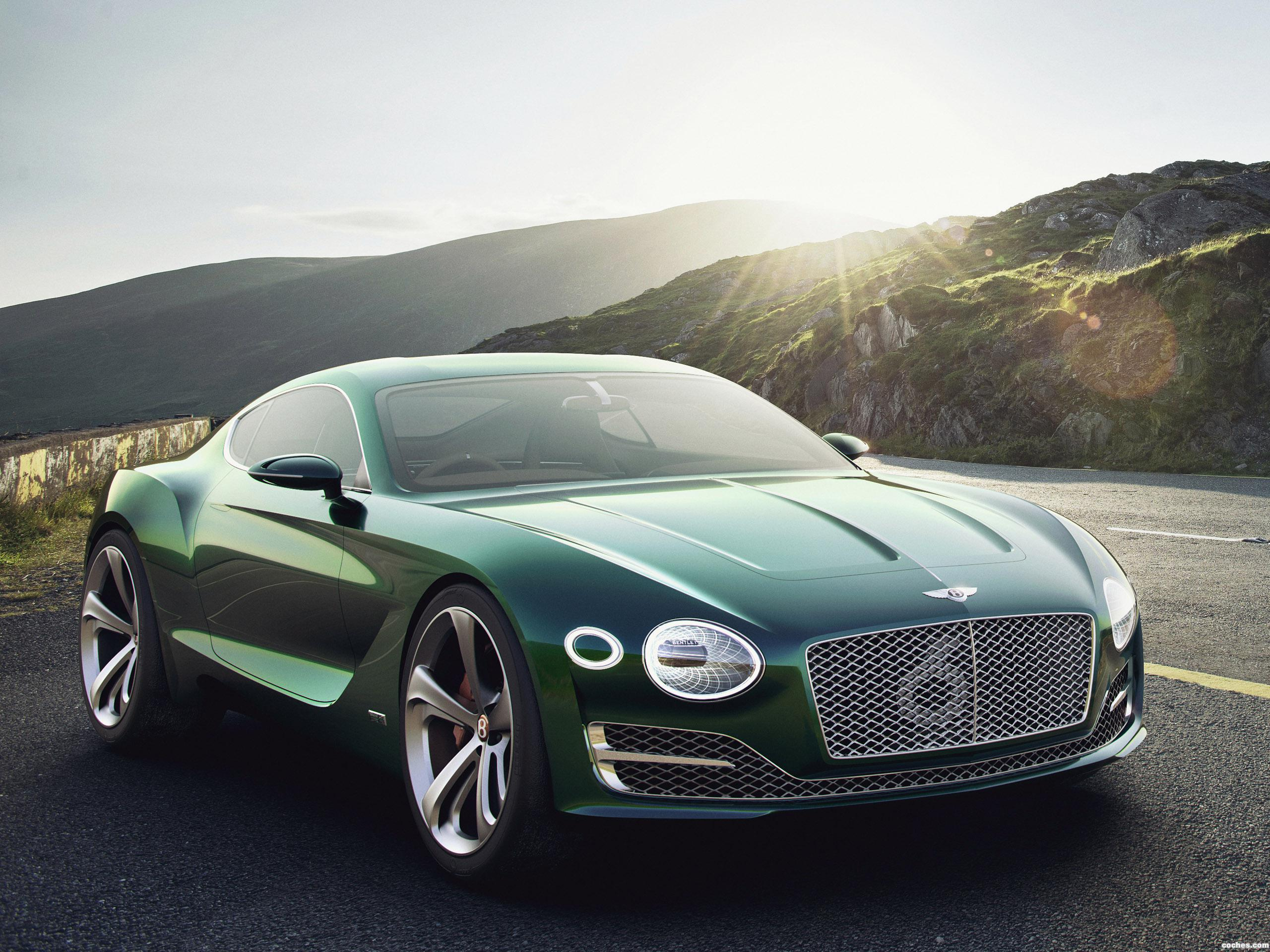 Foto 0 de Bentley EXP 10 Concept 2015
