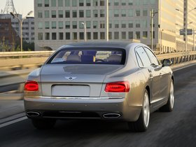 Ver foto 20 de Bentley Flying Spur 2013