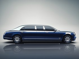 Ver foto 2 de Bentley Mulsanne Grand Limousine by Mulliner 2016