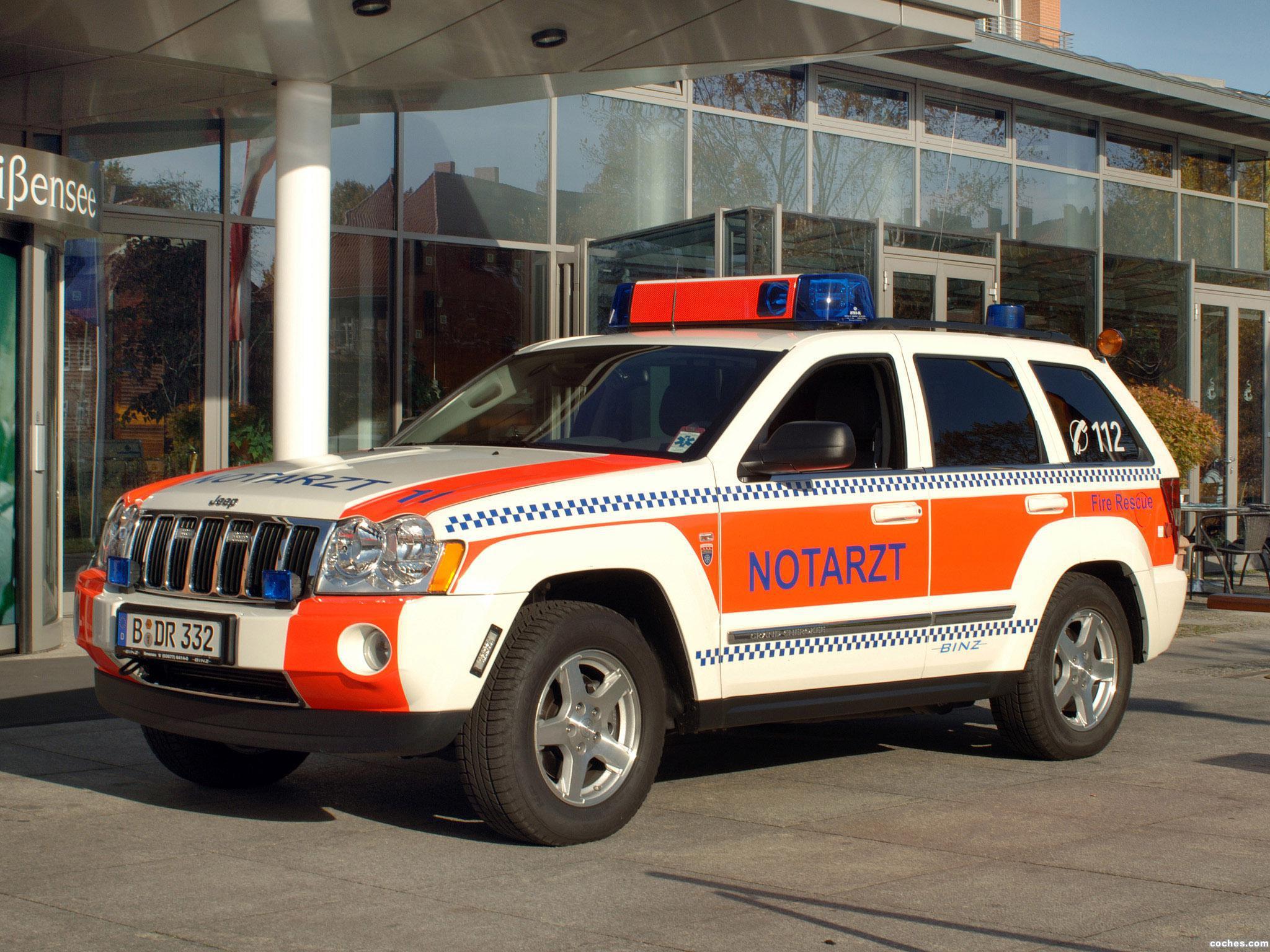 Foto 0 de Binz Jeep Grand Cherokee Notarzt 2005