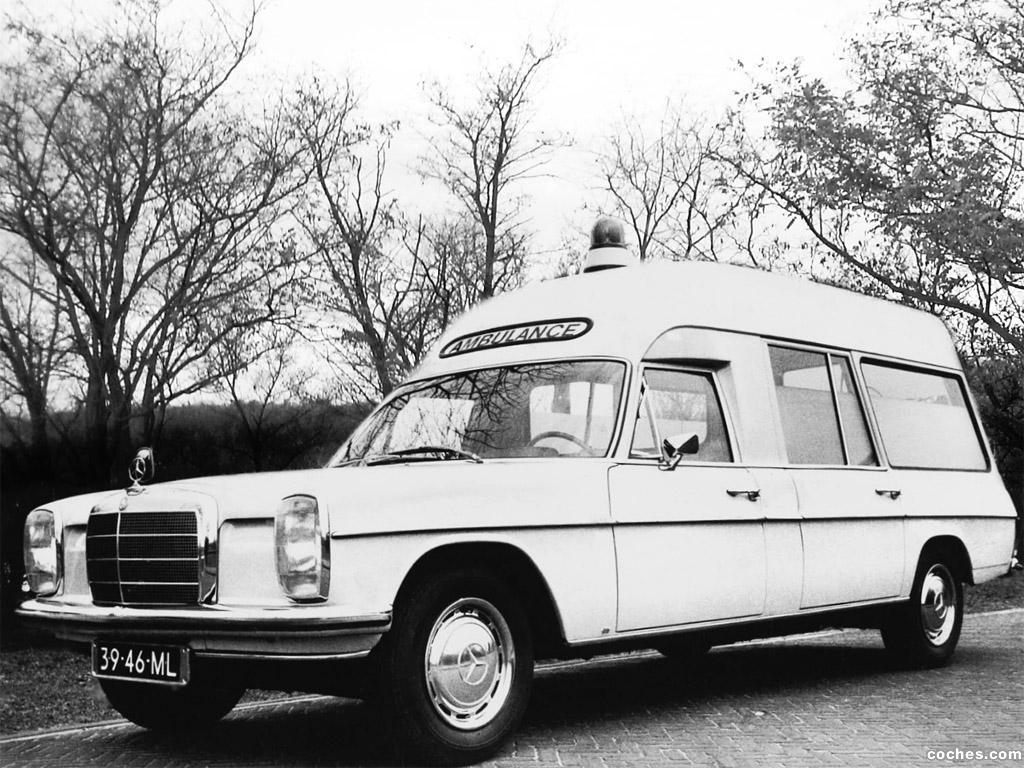 Foto 0 de Mercedes Binz 220 D8 Ambulance VF115 1968