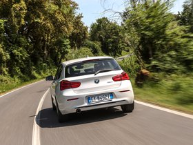 Ver foto 2 de BMW Serie 1 116d Sport Line 5 puertas F20 2015