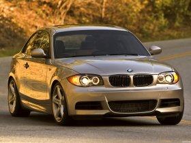 Ver foto 4 de BMW Serie 1 135i Coupe E82 USA 2008