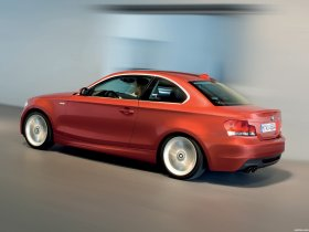 Ver foto 18 de BMW Serie 1 Coupe 2008