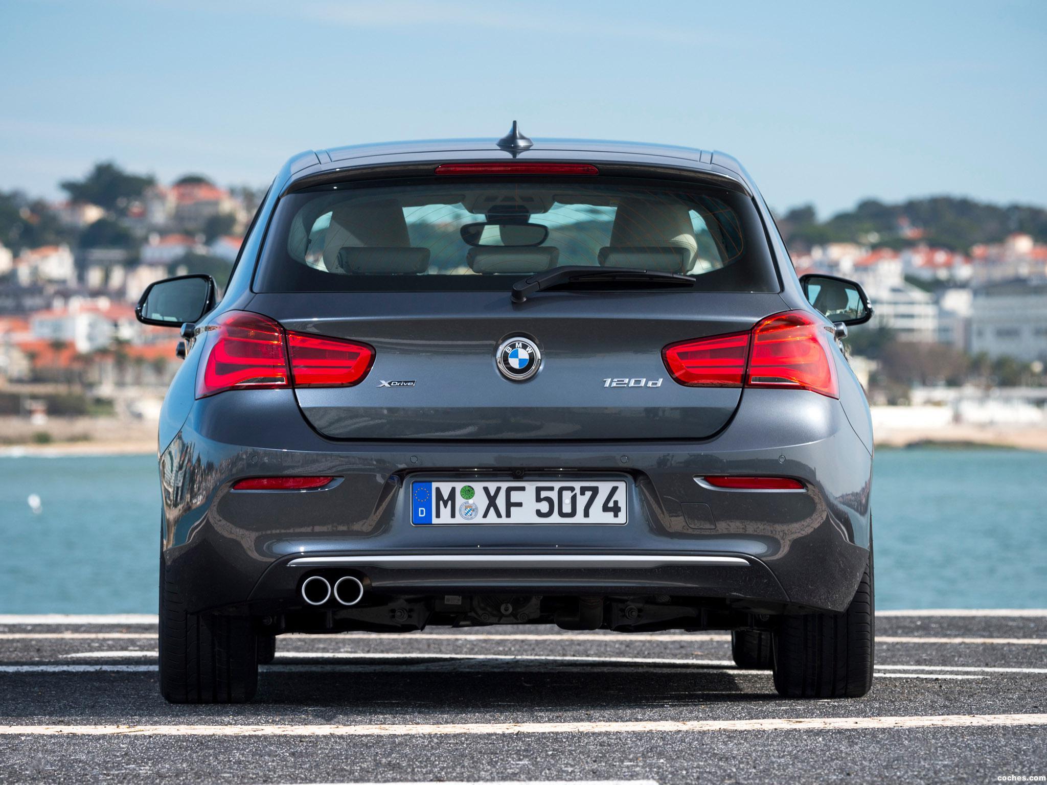 Foto 6 de BMW Serie 1 Urban Line 5 puertas F20 2015