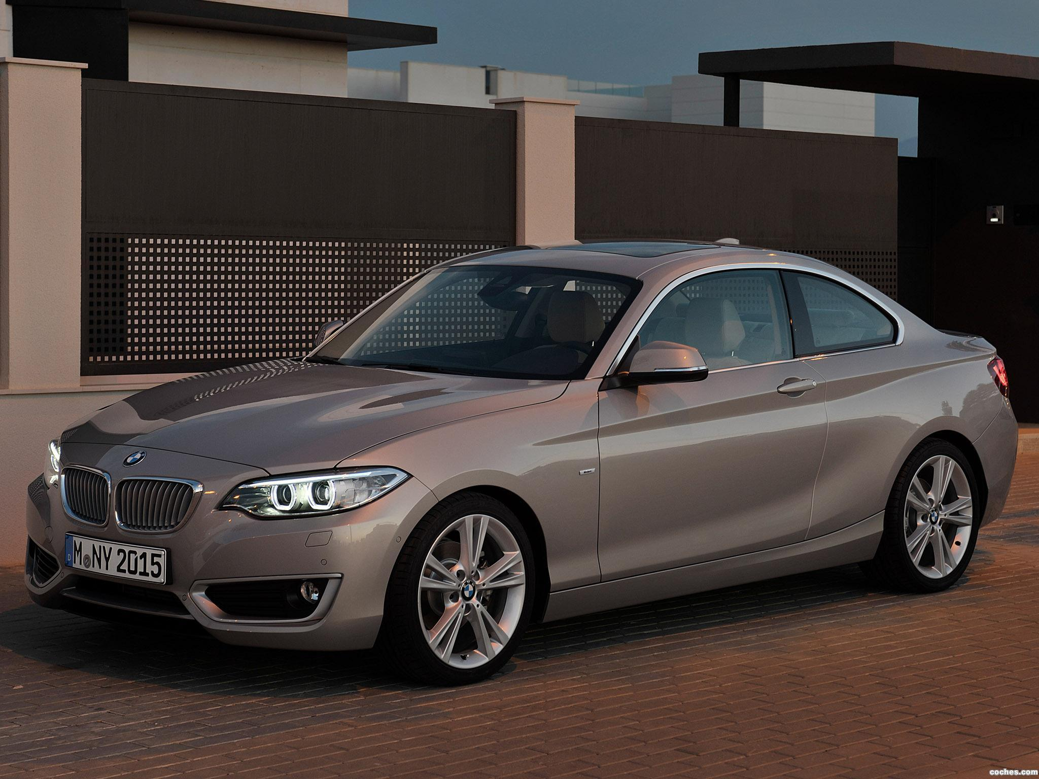 fotos de bmw serie 2 220d coupe modern line f22 2014. Black Bedroom Furniture Sets. Home Design Ideas