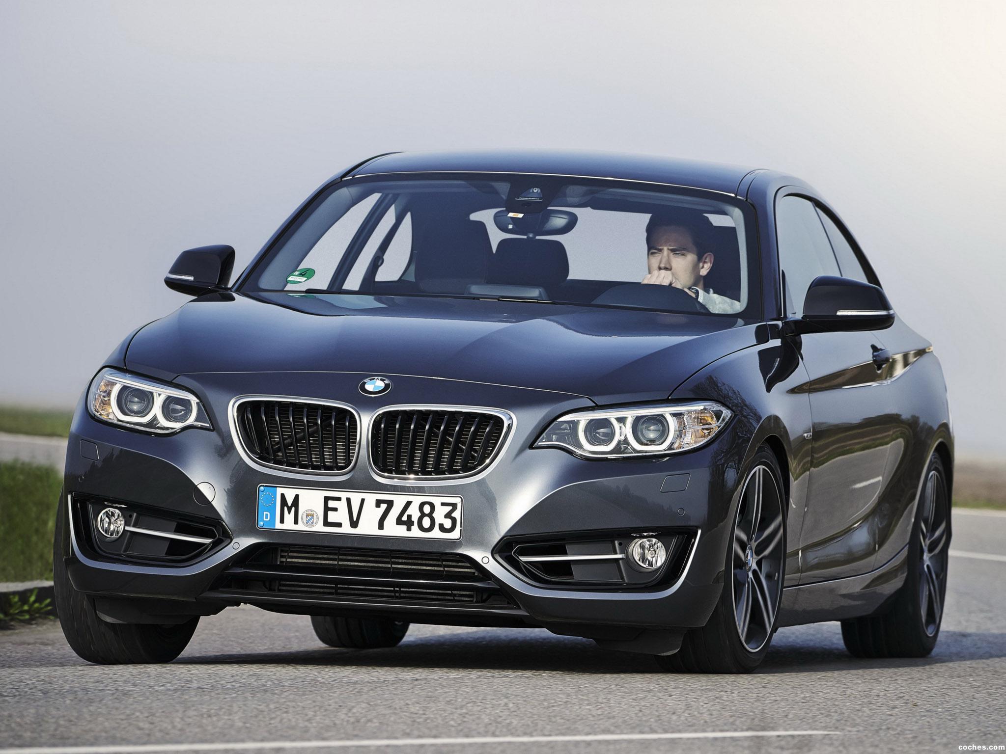 Foto 0 de BMW Serie 2 Coupe Sport Line F22 2014