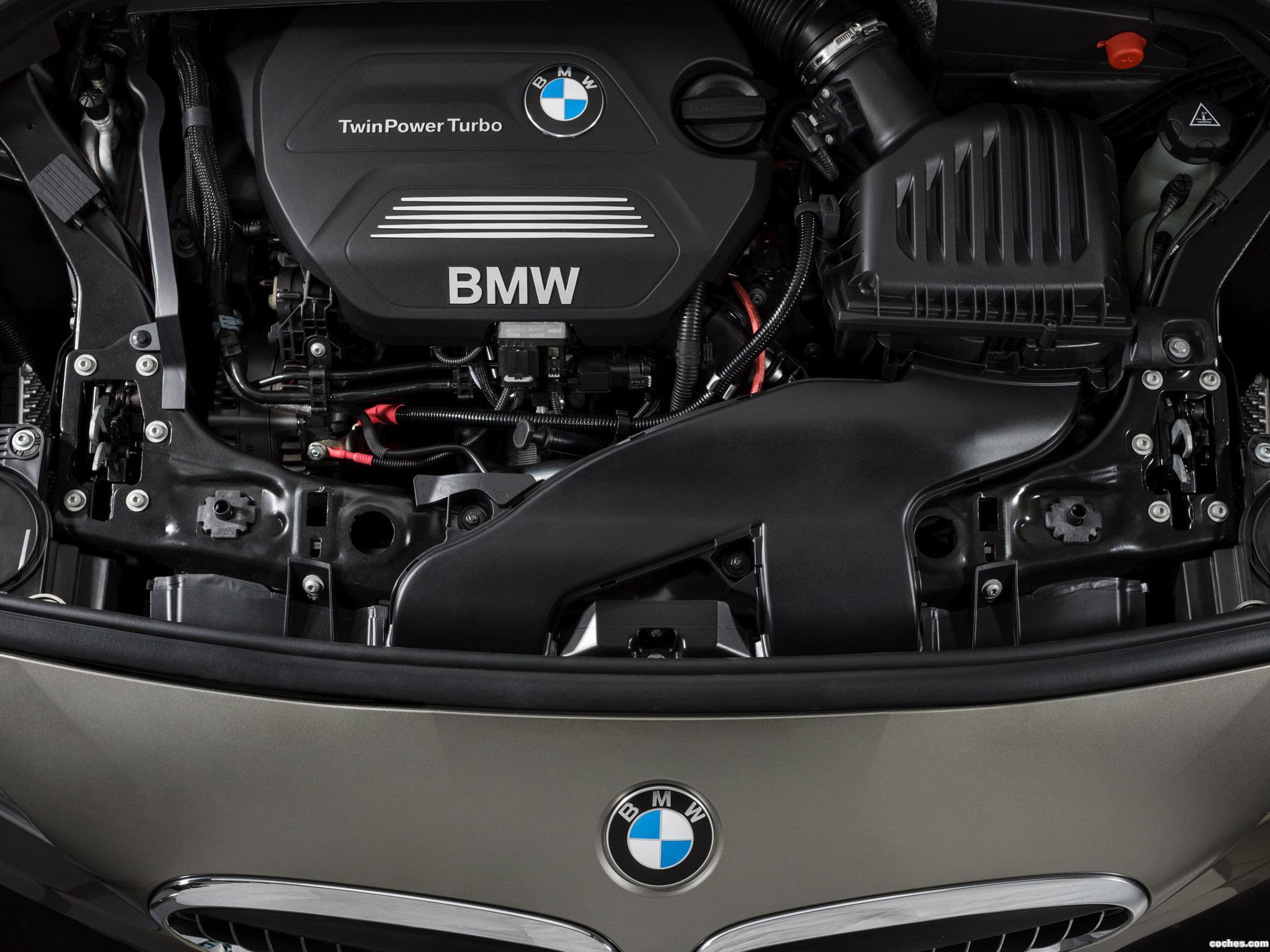 Foto 28 de BMW Serie 2 Active Tourer F45 225i 2014