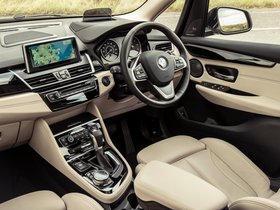 Ver foto 20 de BMW Serie 2 225i Active Tourer Luxury Line F45 UK 2014
