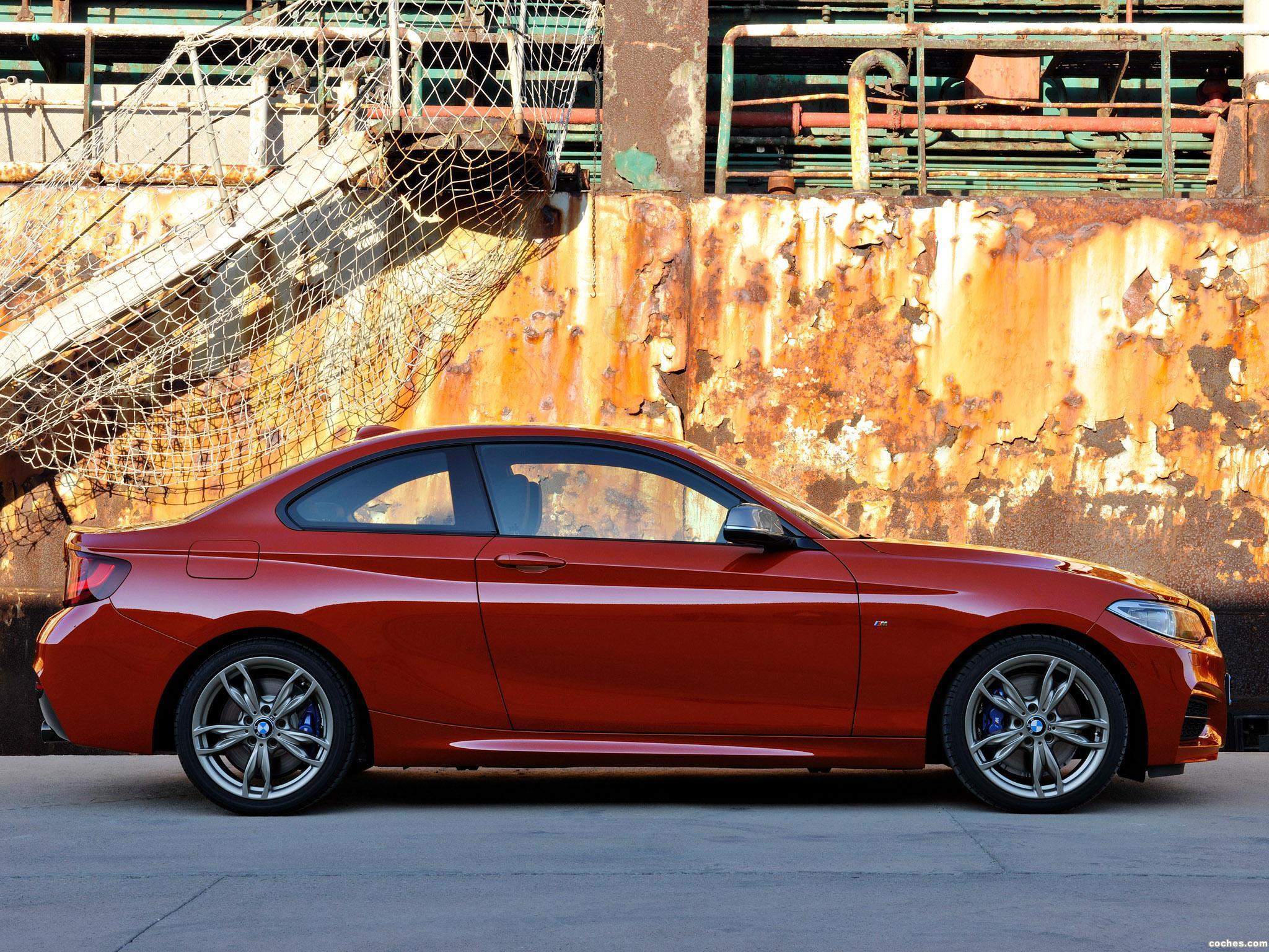 Foto 3 de BMW Serie 2 M235i Coupe F22 2014