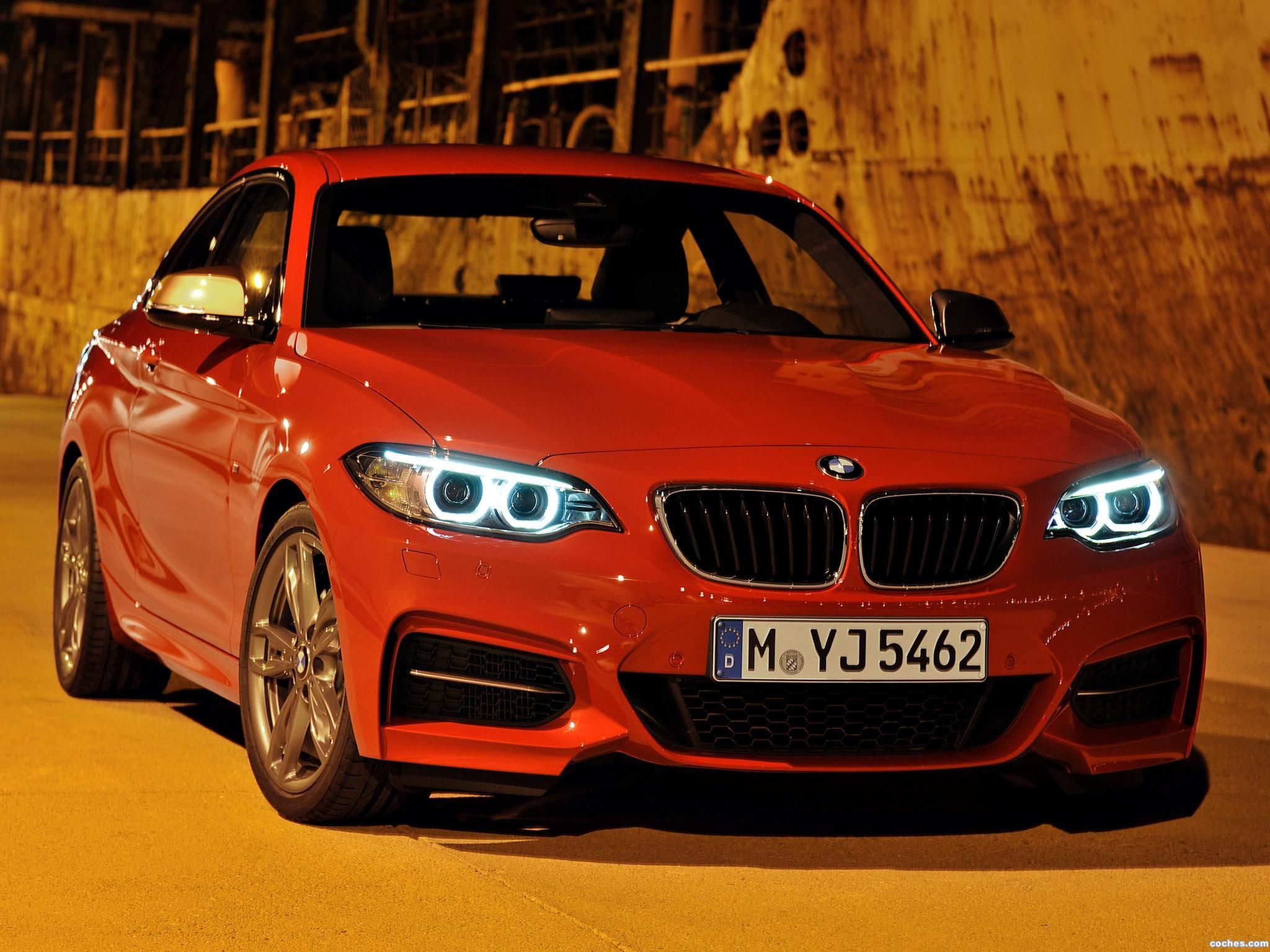 fotos de bmw serie 2 m235i coupe f22 2014. Black Bedroom Furniture Sets. Home Design Ideas
