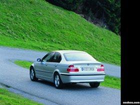 Ver foto 31 de BMW Serie 3 2004