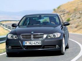 Ver foto 9 de BMW Serie 3 2004